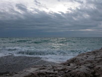 Il jette nos péchés au fond de la Mer